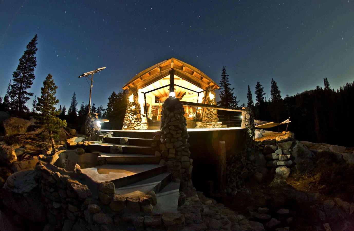 tiny-house-mountains-snowboarder-mike-basich