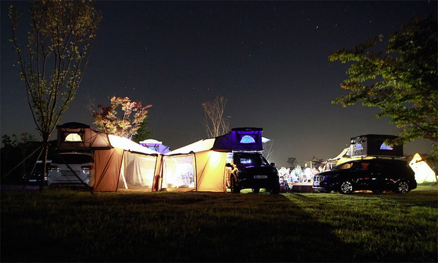 Rooftop Camper Hard Top Pop Up Tent For Your Vehicle Designs Ideas On Dornob