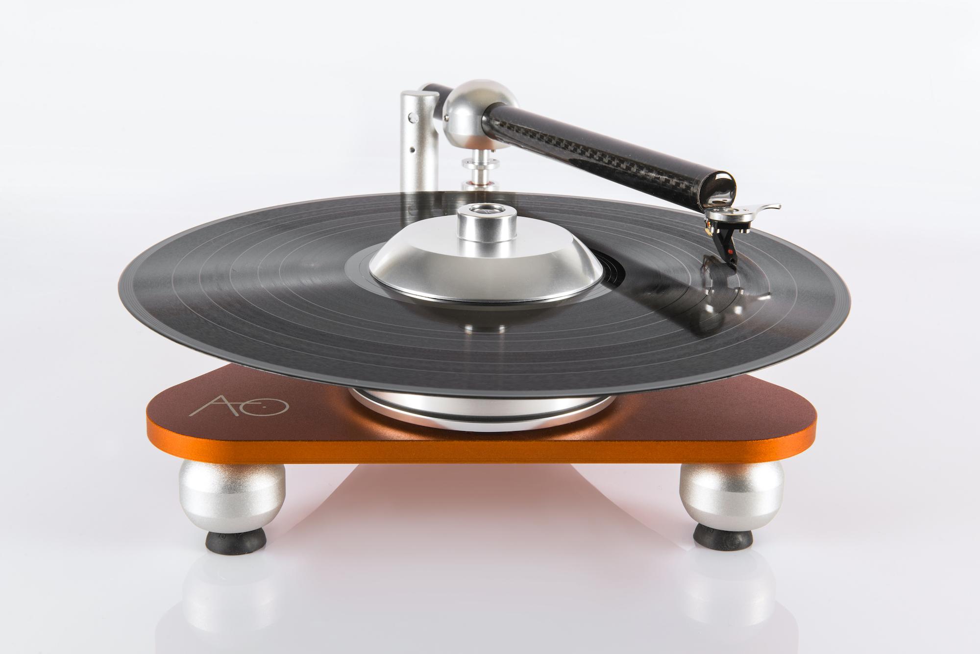Atmo Sfera Platterless Turntable has no traditional platter