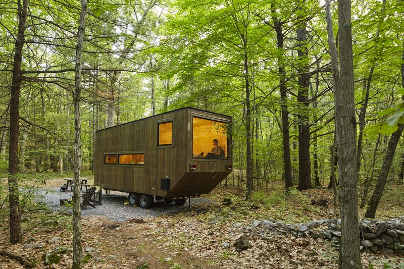 tiny house getaway main