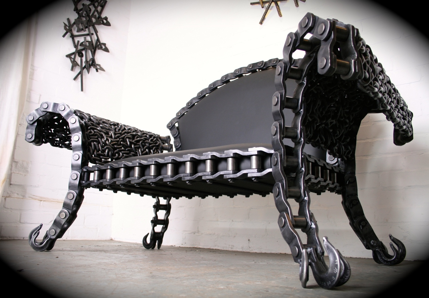 STIG steel bench