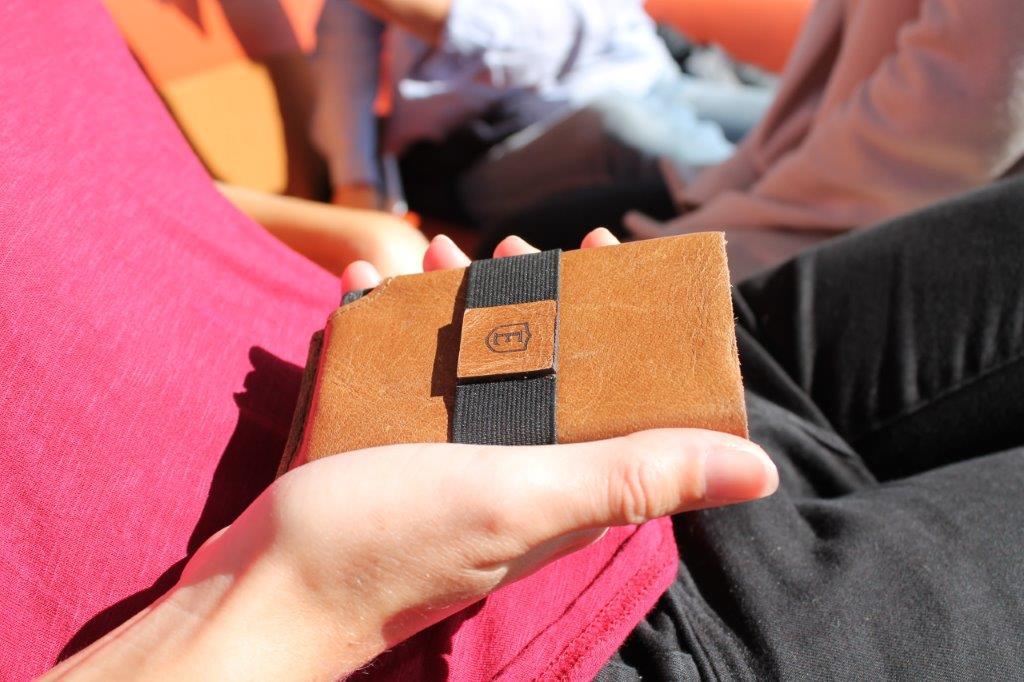 cognac ekster wallet