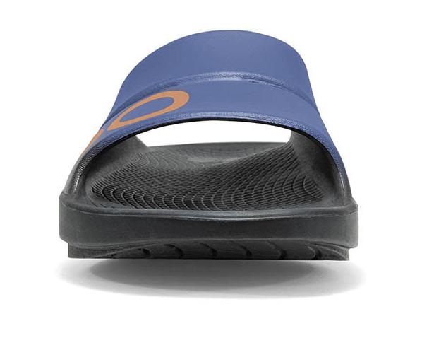 oofos slide sandal