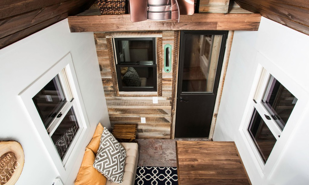 tiny timber houses interior