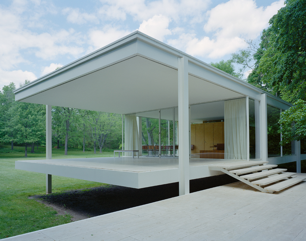 farnsworth house cantilevered