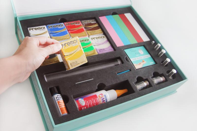pocket kitchen kit inside