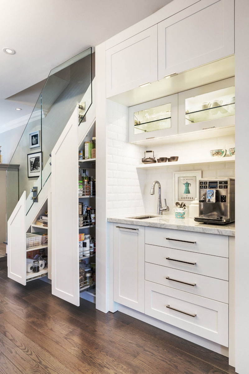 slide-out pantry stairs