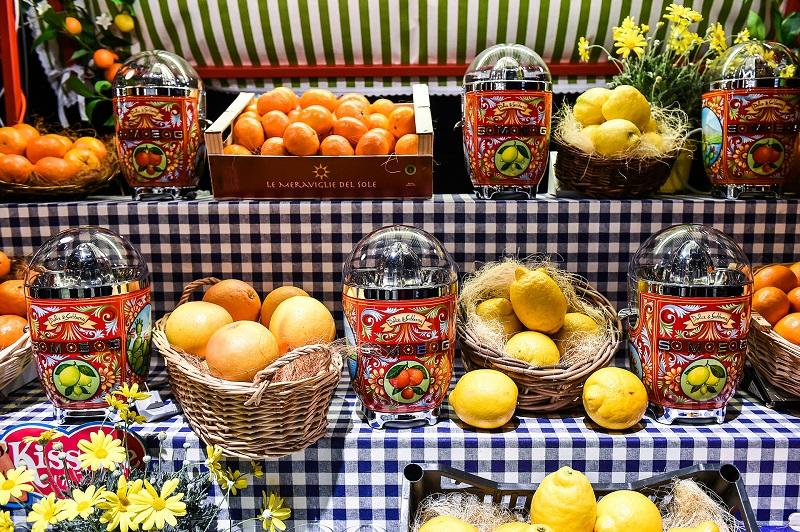 Citrus Juicers - SMEG/Dolce & Gabanna