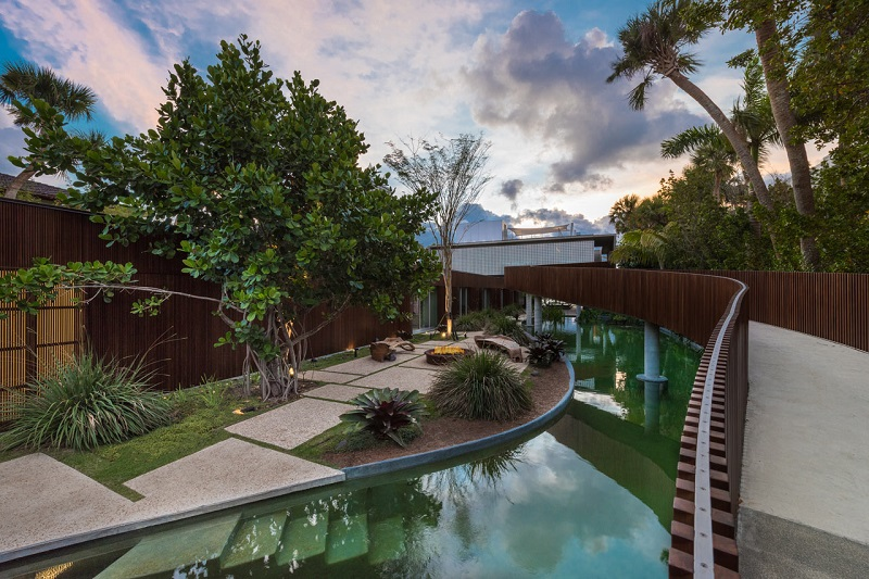 Tropical Perfection Miami Beach House Has Its Own