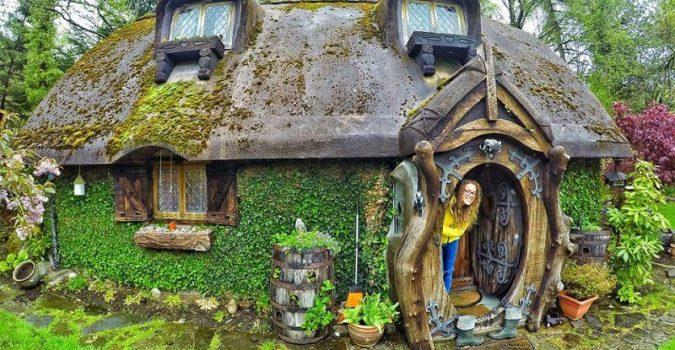 Hobbit House - Stuart Grant