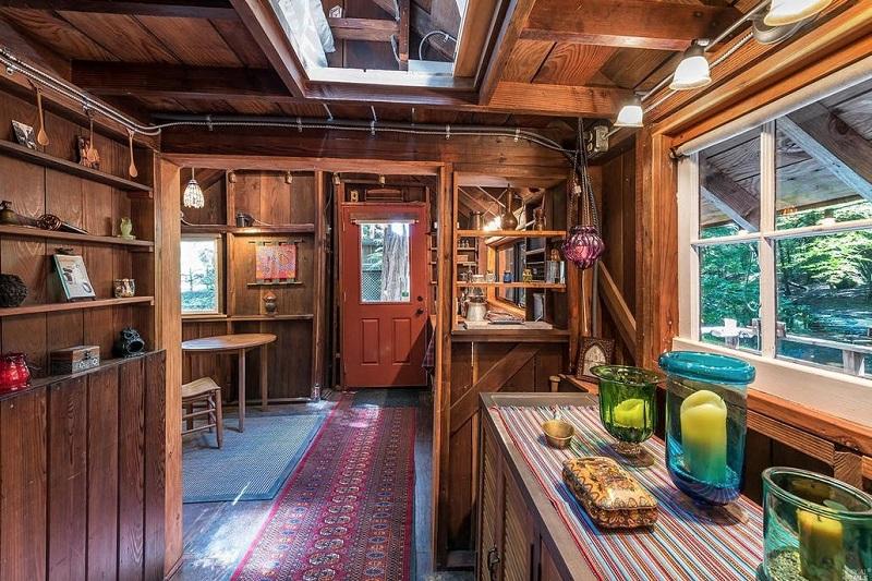 Sonoma Cabin - Interior