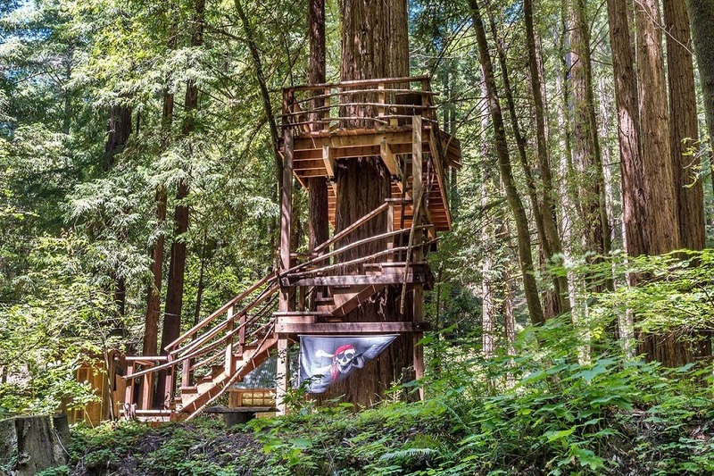 Sonoma County Cabin Has Its Own Pirate Treehouse