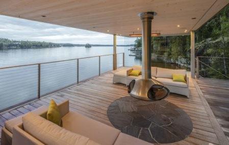 Manitoba Boathouse - Upper Deck