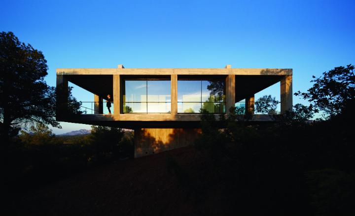Solo Pezo - Pezo von Ellrichshausen Architects