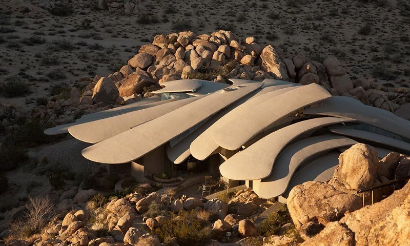 Desert Retreat or Evil Lair""