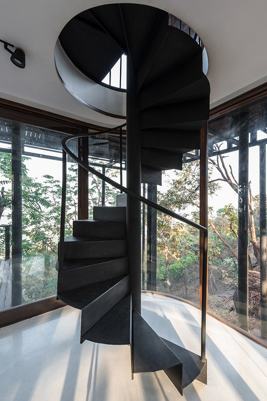 Tala Tree Resort - Spiral Staircase