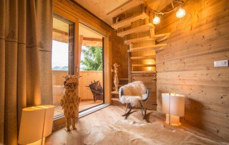 Pine Cone Treehouse - Interior