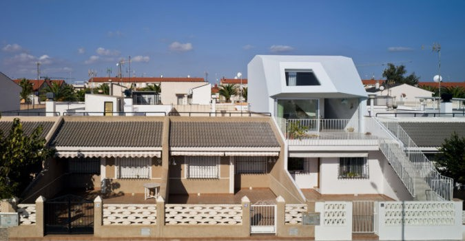 Spanish Vacation Home Extension - Laura Ortín Architects