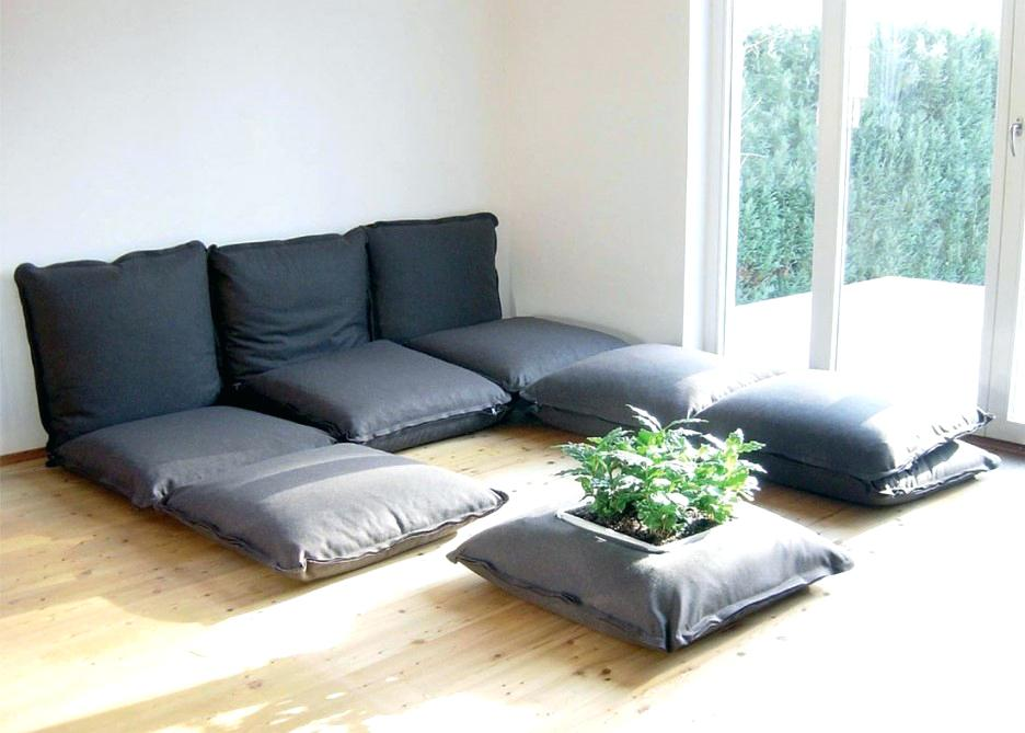 Furniture Free Living Is Less Crazy Than It Sounds   Designs ...