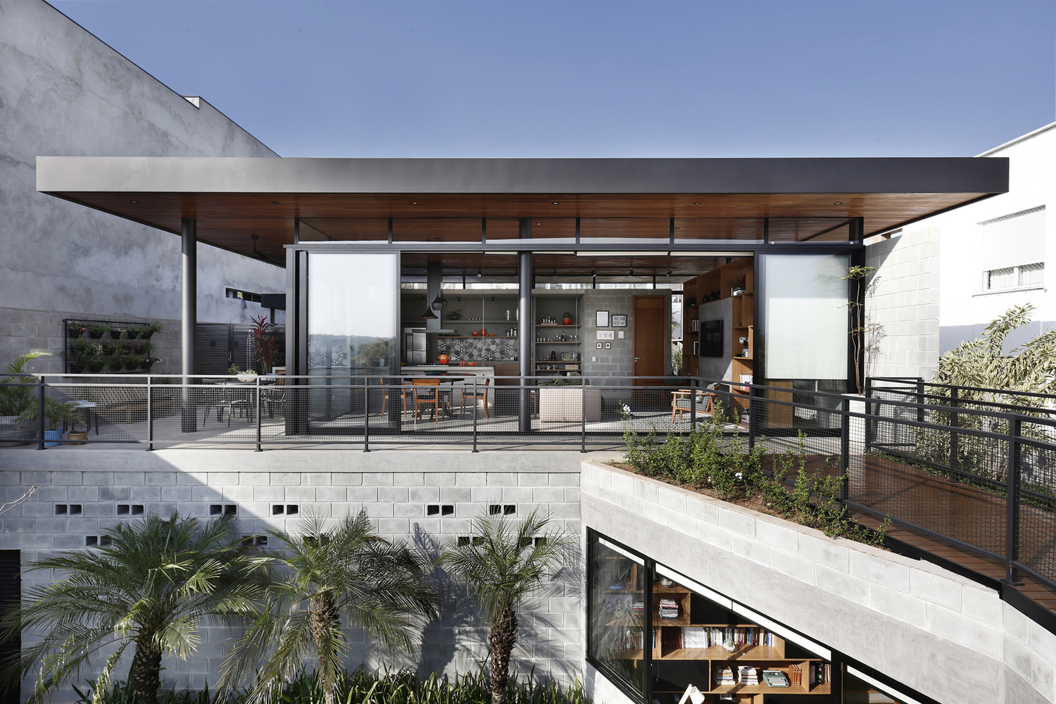 Views Abound at the Terraced Modern RD House in Brazil
