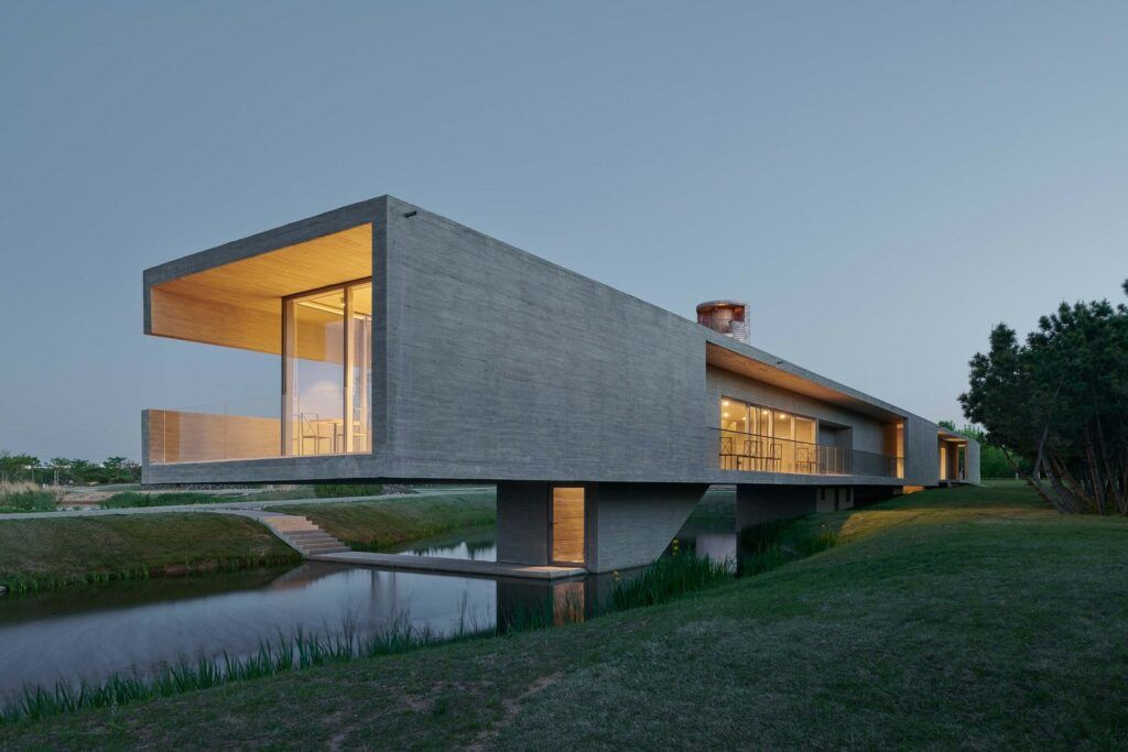 Gorgeous Views Abound at TAO's Hypnotic Swan Lake Bridge House